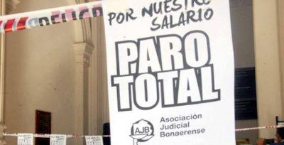 Los judiciales van al paro por 48 horas contra las paritarias en minicuotas de Vidal