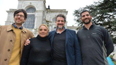 Con carpas y una volanteada, Arias reclamó por una Ley de Emergencia Habitacional