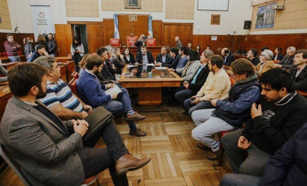 Gran concurrencia al Consejo Económico y Social convocado por Ciano