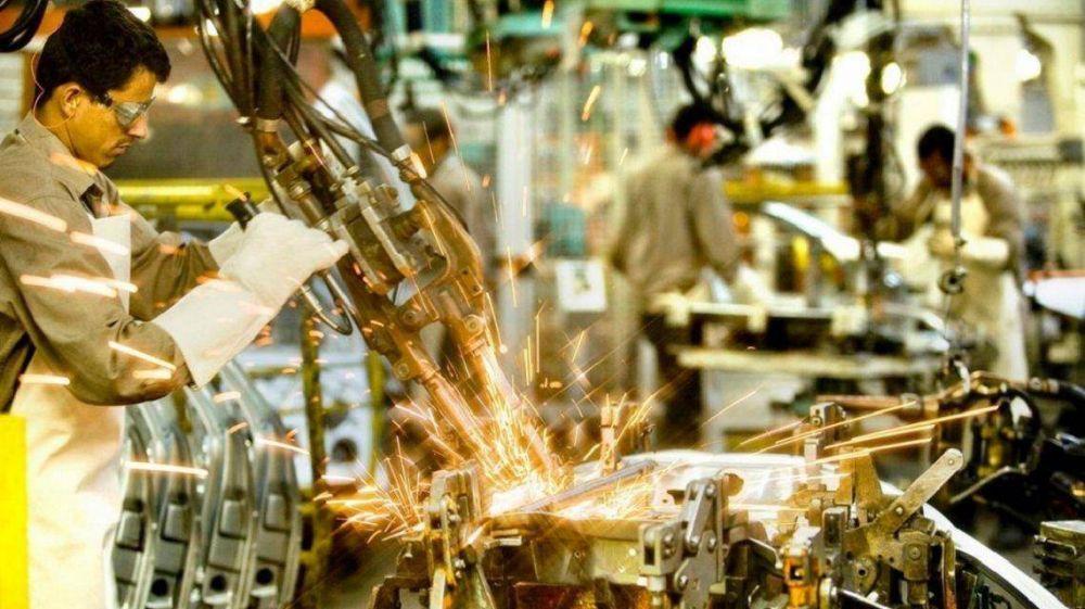 Casi la mitad de la industria está paralizada, el peor registro para el primer trimestre del año en una década