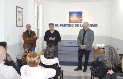 Acción Marplatense entregó certificados de cursos y talleres en su sede partidaria