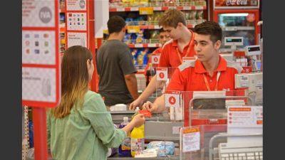 La cadena de supermercados DIA perdió u$s162 M en el año y está al borde de la quiebra