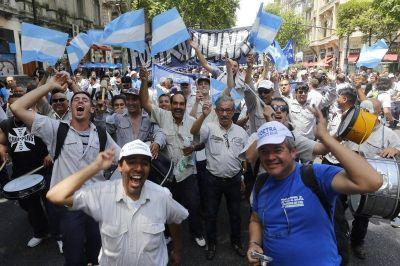 Telefónicos cerraron la paritaria 2018/2019 con aumentos del 52,5%