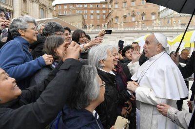 """Francisco: """"Sed valientes y capaces de abrir el corazón a Dios y a los hermanos"""""""