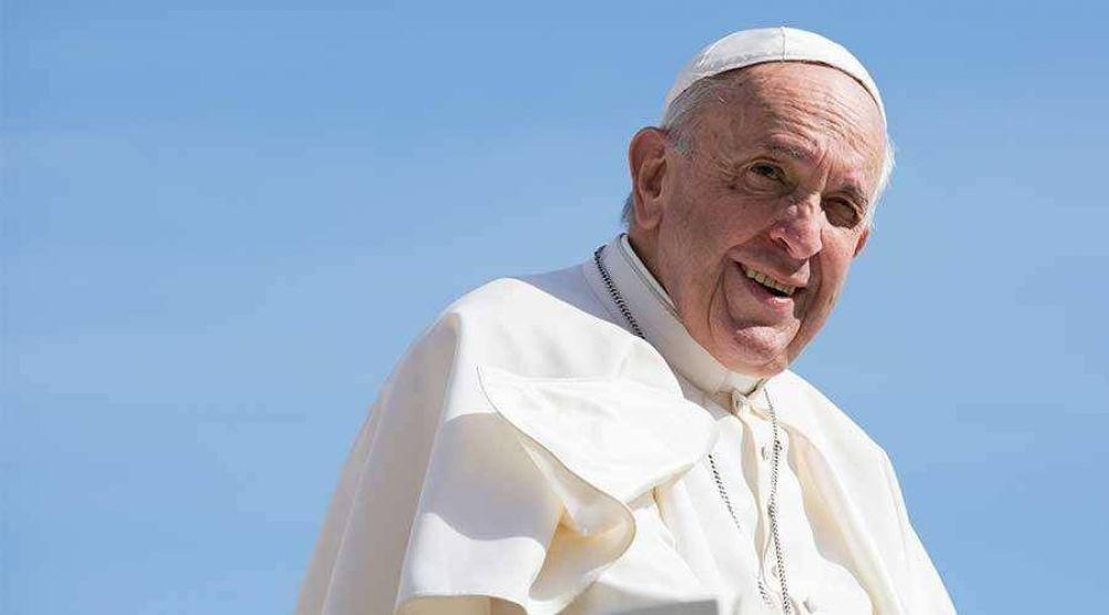 Papa Francisco pide rezar el Rosario cada día durante este mes de Mayo