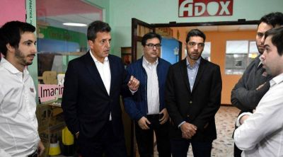 Elecciones 2019 | Sergio Massa de recorrida por Ituzaingó