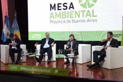 Castelli formó parte del encuentro de la mesa ambiental de la provincia