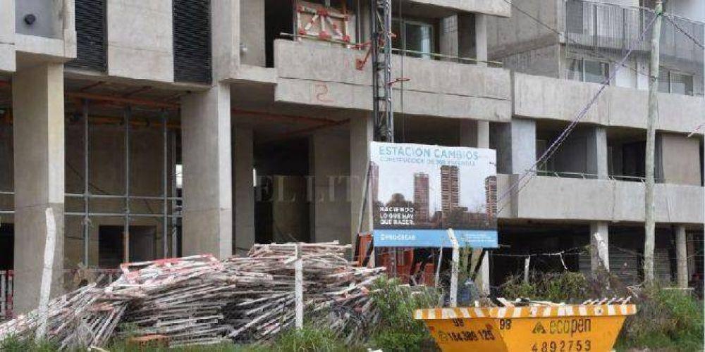 Más de 100 despidos en obras del Procrear en Santa Fe
