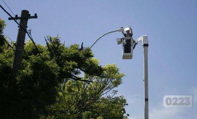 Afirman que de las 75 mil luminarias de Mar del Plata menos del 5% está apagada