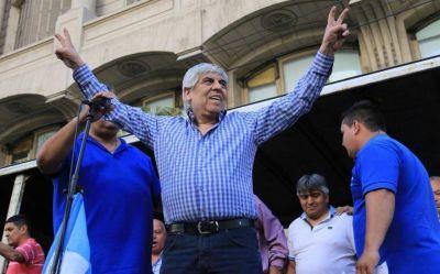 Hugo Moyano celebró la candidatura de Cristina y pidió que se sume Massa junto a más gobernadores
