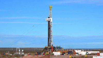 El petróleo sostiene un nivel industrial en franca caída