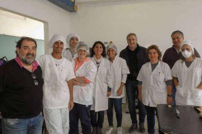 Producción: Visita al Taller de Alimentación de la Escuela Técnica Nº 2