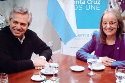 Con el recuerdo de Néstor, Alberto Fernández inició su campaña en Santa Cruz y llamó a