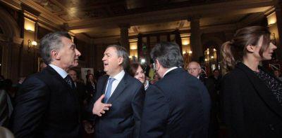 Mauricio Macri recibirá a Juan Schiaretti en la Casa Rosada