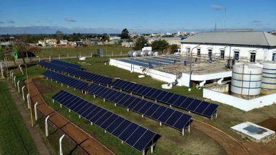 El Municipio planea incorporar paneles solares en la toma de agua y en la laguna sanitaria