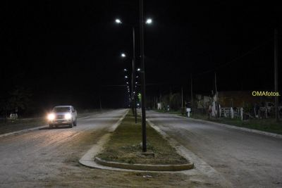 Iluminación que involucra a tres barrios de la ciudad