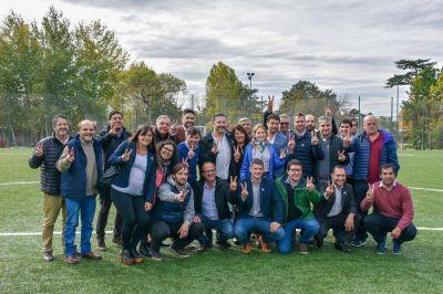 CASTELLI: Echarren se reunió con el Presidente del PJ bonaerense, Gustavo Menéndez
