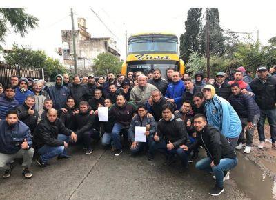 UTA: Fernández proscribió a candidato opositor y la Justicia le suspendió otra elección