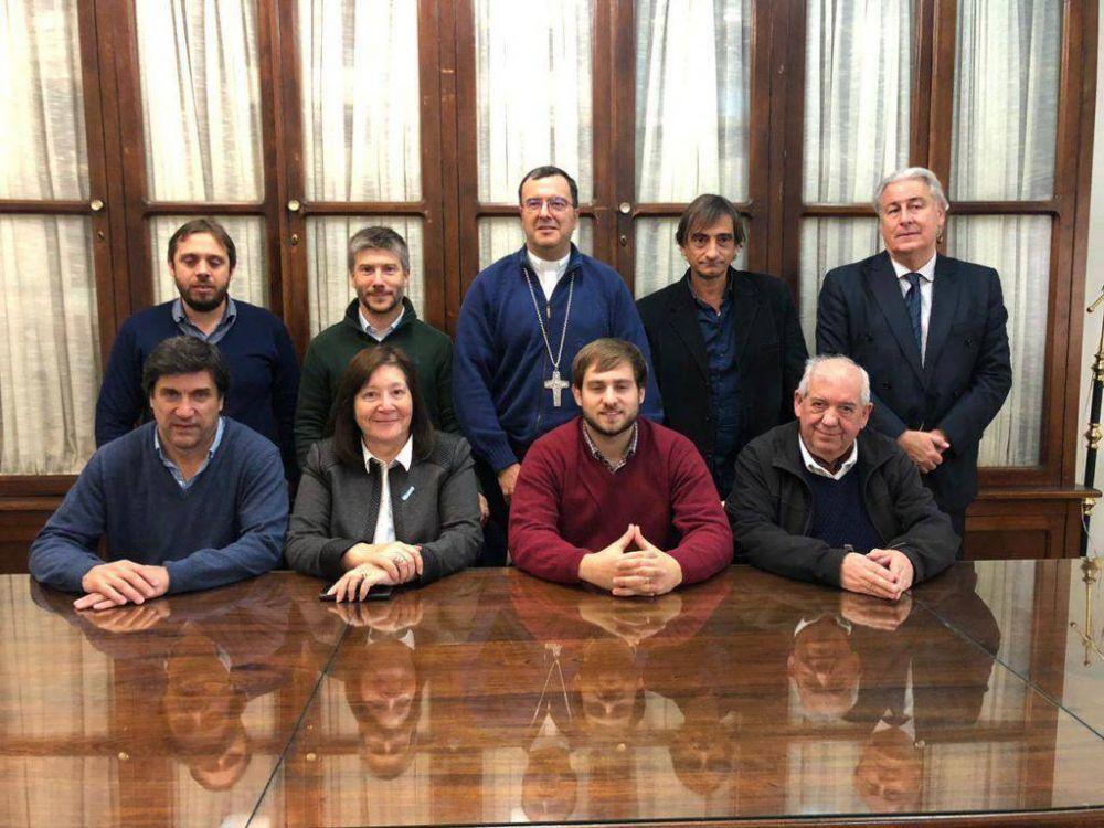 Consenso por Mar del Plata se reunió con el obispo Mestre