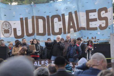 """Judiciales profundizan medidas para pedir la """"emergencia"""" en el sector"""