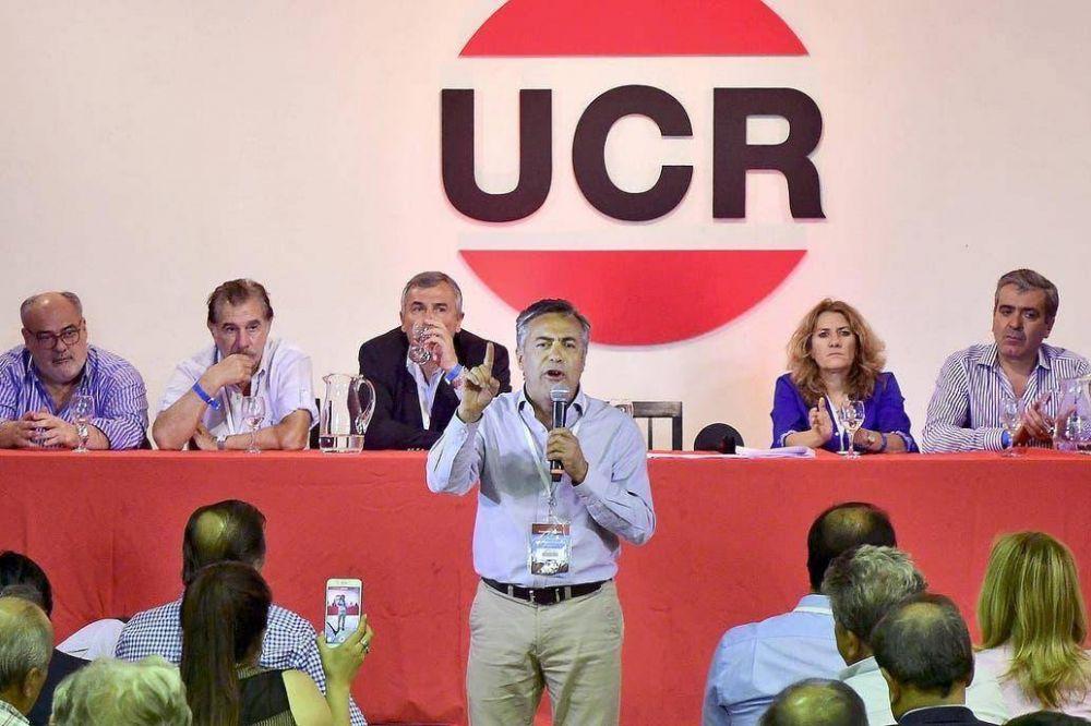 Dividida, la UCR intenta limar asperezas antes de la convención nacional