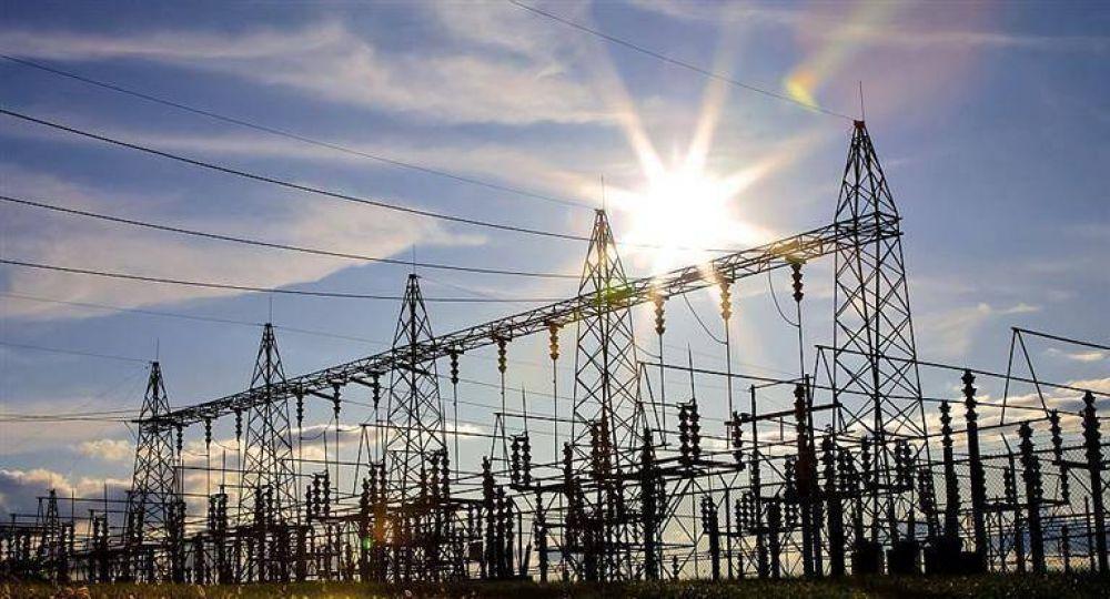 La demanda de energía eléctrica cayó 8,6% en abril