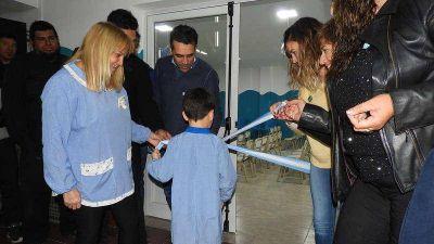 Inauguraron el SUM del Jardín Lassalle, una obra íntegramente realizada por empleados municipales