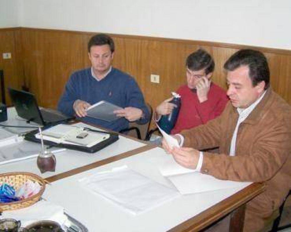 Bisogni respondió a los planteos de los arquitectos