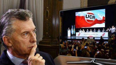 Macri trata de contener a la UCR e imponer su teoría de que no conviene un megafrente con el peronismo