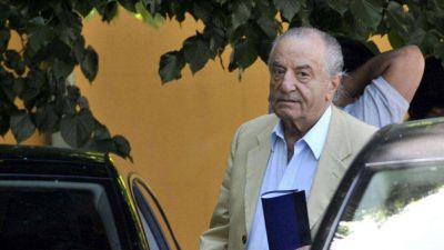 Cavalieri adhirió al paro general y reconoció que no firmó la paritaria