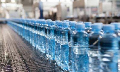 Sica también encorsetó a los plásticos en el techo salarial del Gobierno