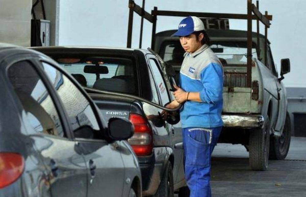 Se viene otro aumento en los combustibles: la nafta subirá entre un 7 y 12% a fin de mes