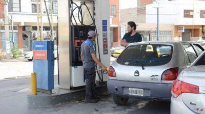 Se oficializó el aplazamiento de la aplicación del Impuesto a los Combustibles Líquidos