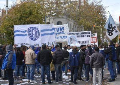 """#29M: La CGT Regional Mar del Plata resaltó el """"alto acatamiento"""" a la medida de fuerza"""