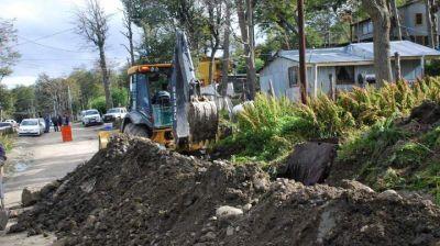 Informan que obra de agua y cloacas en Andorra entró en etapa final