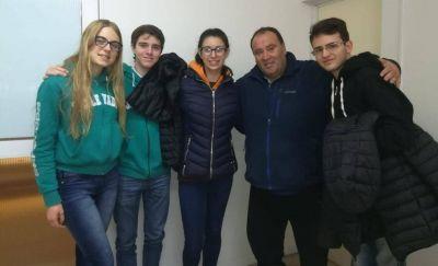 Basurales: Latorre se reunió con estudiantes secundarios