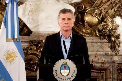 Macri apuesta al consumo y a la estabilidad cambiaria para mejorar el panorama electoral