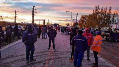 Nueva demora en el parque eólico Los Meandros puso en alerta a los trabajadores