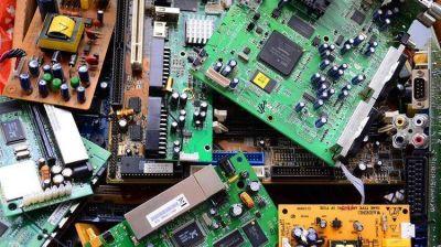 Cómo se pueden aprovechar los 7 kilos de basura electrónica que los argentinos desechan por año