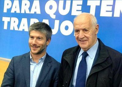Bonifatti junto a Lavagna, quien lanzó su precandidatura presidencial