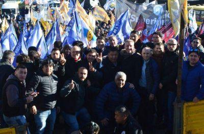 "Llugdar respaldó a Arcioni: ""El domingo tenemos que apelar a la memoria y cuidar a la familia"""