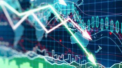 Nueva caída del precio del barril tras el aumento de las reservas de petróleo en Estados Unidos