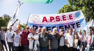 Jerárquicos denuncian amenazas de despidos y presiones para aceptar retiros voluntarios