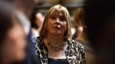 Se complica Vidal: Servini rechazó tres presentaciones contra el decreto anti colectoras de Macri