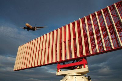 INVAP y EANA construyen tres nuevos radares para la aeronavegación comercial