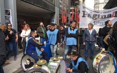 Más de 4500 periodistas se quedaron sin empleo y 55 fueron heridos por represión policial en la era Macri