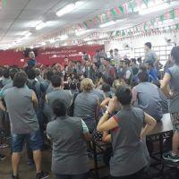 El derrumbe no cesa y la fábrica de zapatillas DASS despidió otros 60 empleados