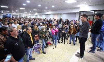 De campaña por el sur bonaerense, Kicillof pidió unidad