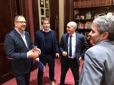 Diez se reunión con el secretario de Gobierno de Vidal: