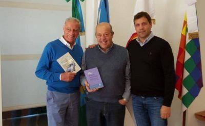 Paredi y los De Jesús se reunieron para hablar de política, libros y definir el futuro en Mar Chiquita